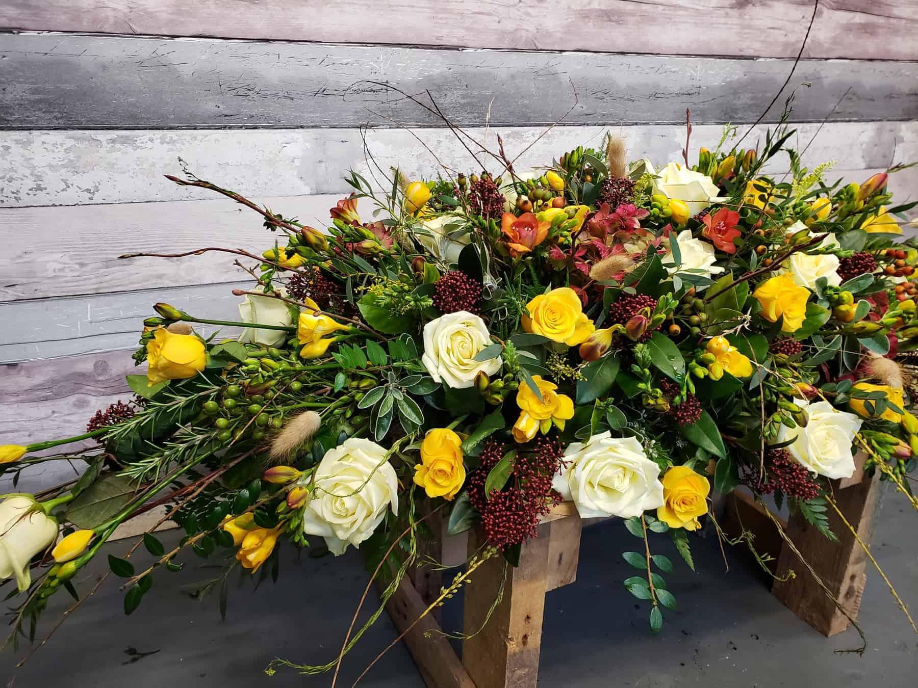 funeral flowers-torquay-florist-coffin flower spray