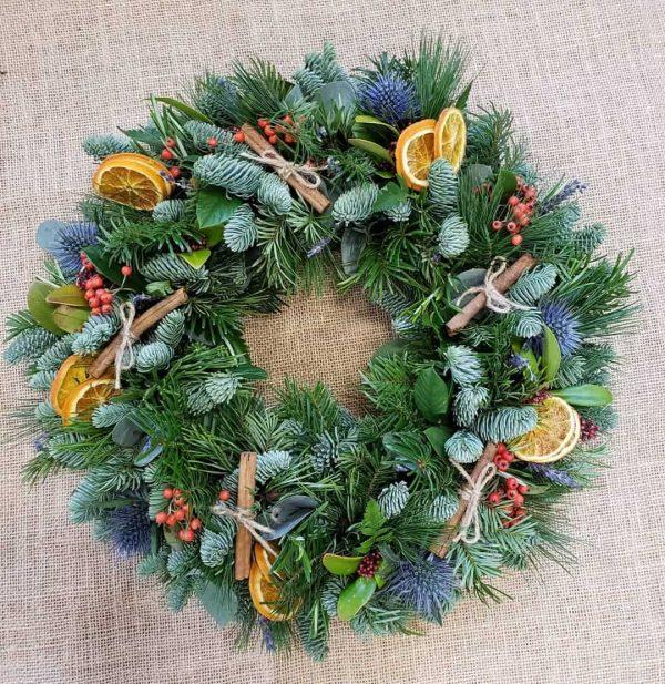christmas table wreath-centrepiece