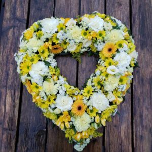 flower heart-funeral flowers-wreath flowers- torbay funeral