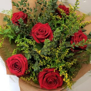 valentines day roses-flowers-bouquet-torquay-torbay florist